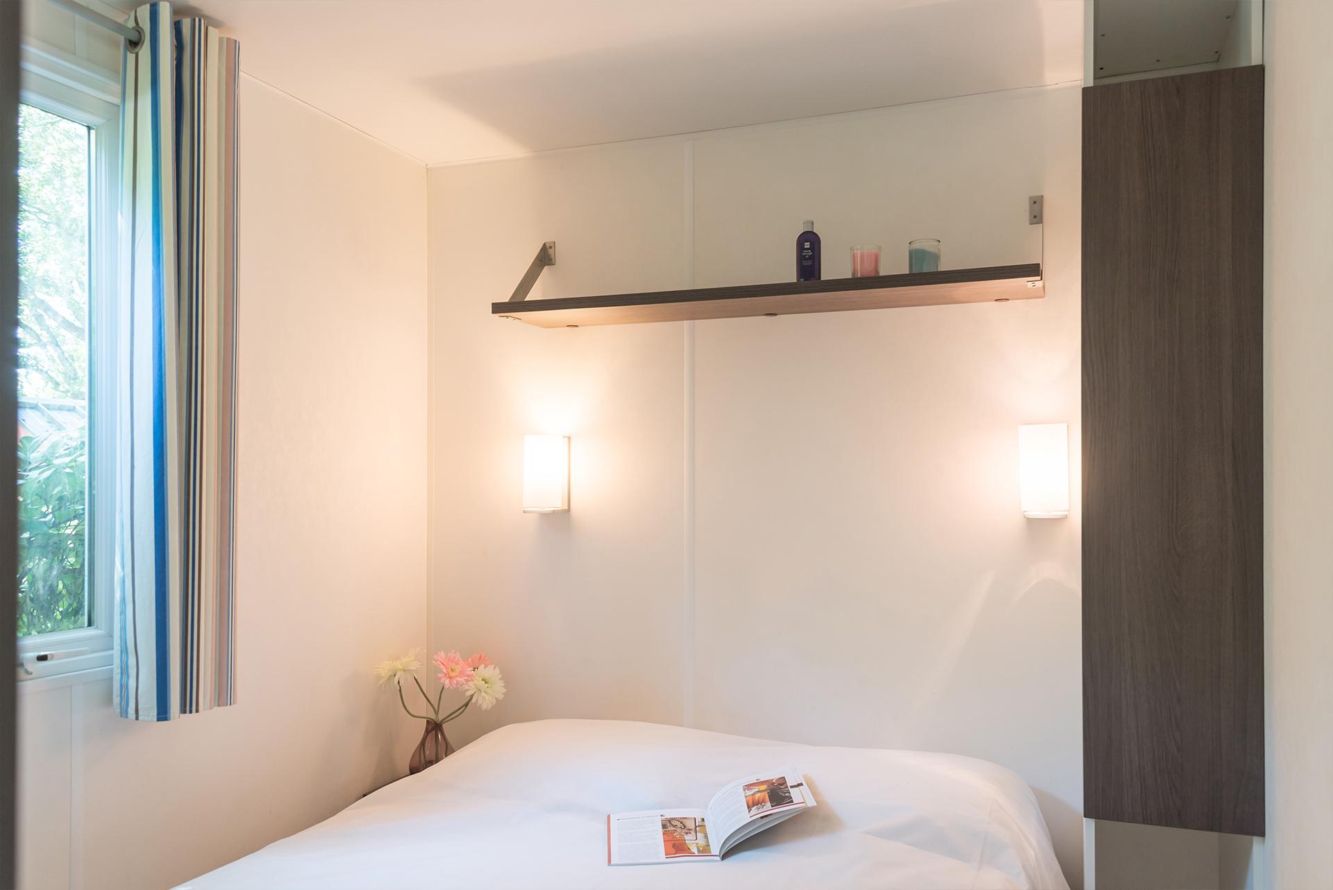 Chambre agréable et lumineuse mobil home Bidart Pays Basque Camping Le Ruisseau