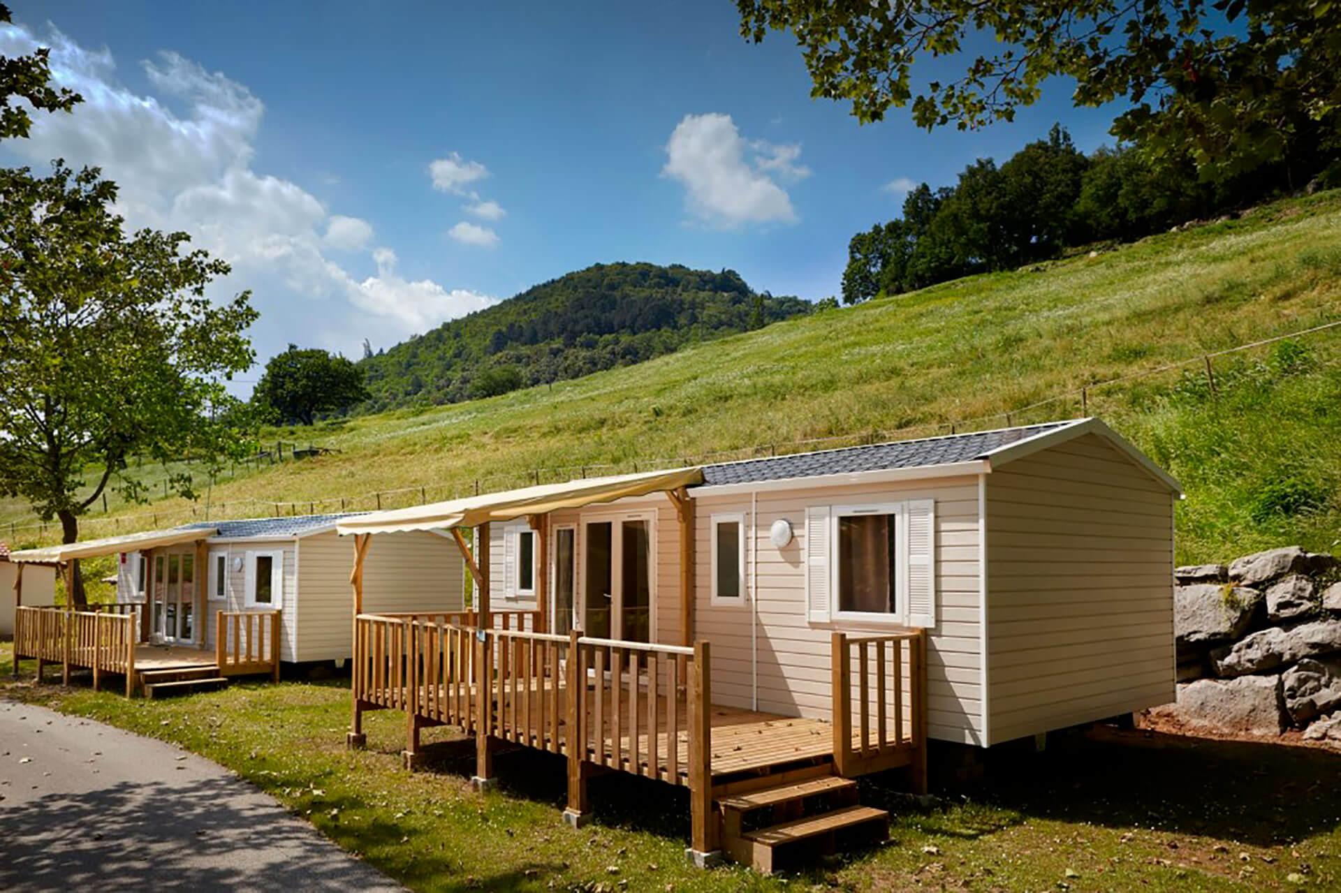 Mobil-home en pleine nature camping 64