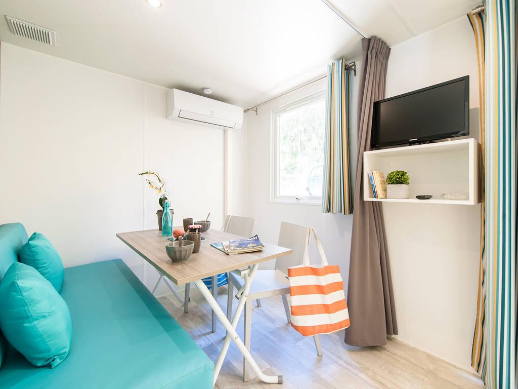 Salon camping 64