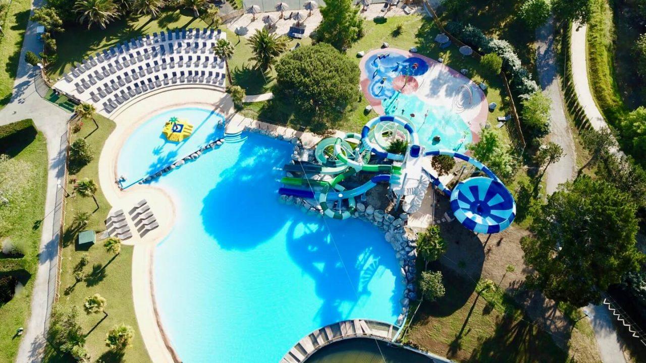 Vue d'ensemble parc aquatique camping 5 étoiles Biarritz