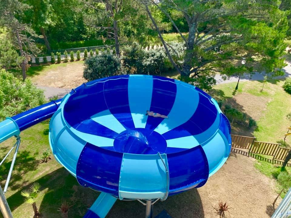 Toboggan à sensations fortes camping piscine Biarritz Le Ruisseau