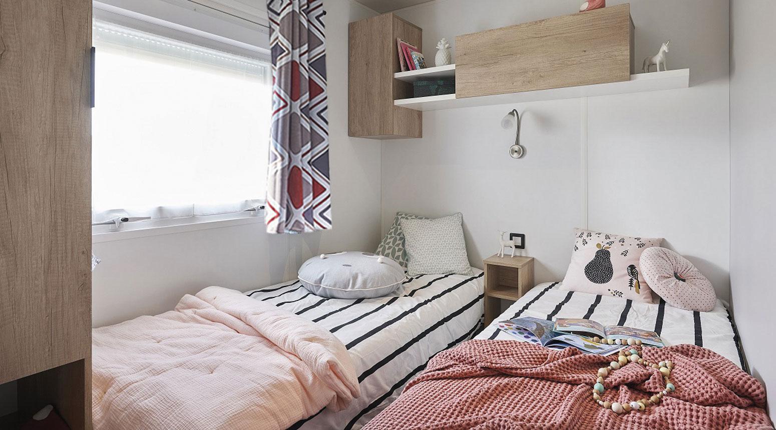 Chambre avec lits jumeaux vente de mobil home Bidart Camping Le Ruisseau
