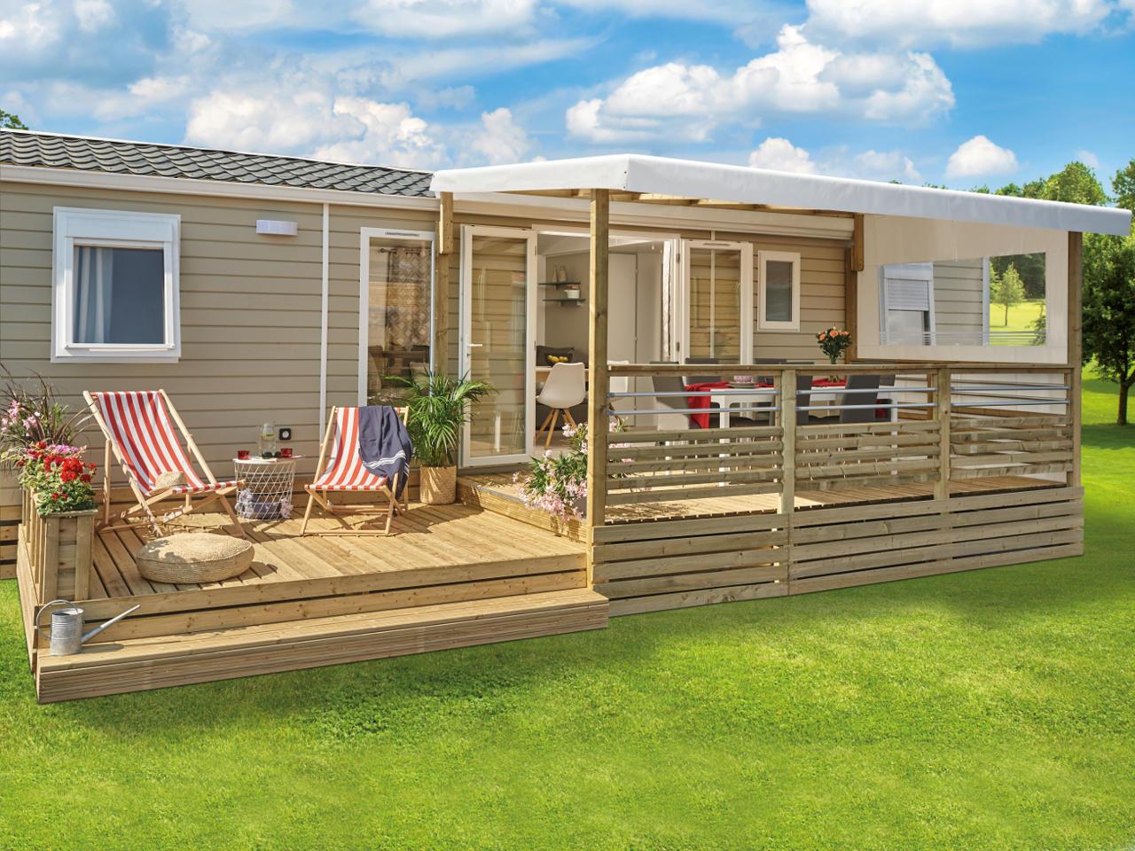 Mobil home avec grande terrasse en bois vente de mobil home Bidart Camping Le Ruisseau
